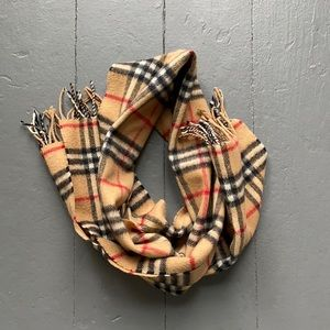 Burberry's of London Classic Scarf